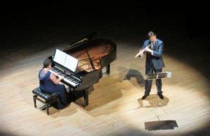 Il volo: melodie intorno al mondo  Concerto: Araba Fenice ospita flauto e pianoforte
