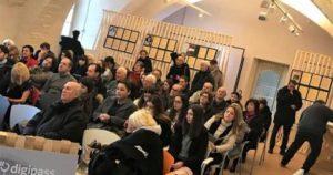 La Bottega del Faro di Usl e Comune aiuta l' integrazione di disabili attraverso l'artigianato