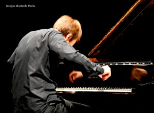 Beethoven, come vorrebbe…Beethoven Per il sesto appuntamento di concerti dell'Associazione Filarmonica Umbra